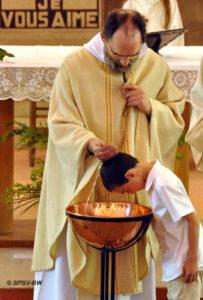 baptême des enfants et des adolescents